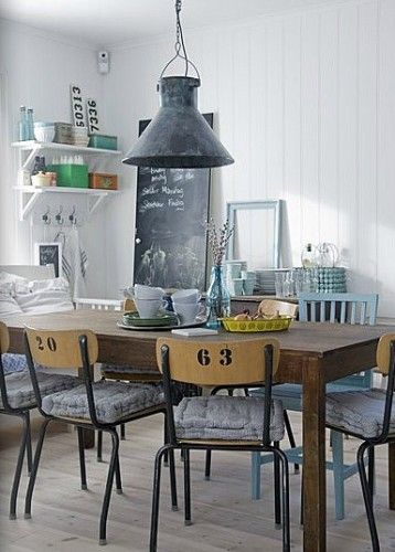 une cuisine ambiance brocante dans le cosyblog. Black Bedroom Furniture Sets. Home Design Ideas