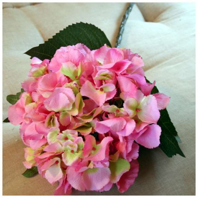 Hortensia artificiel couleur Rose