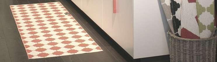 pappelina tapis en plastique tress pour cuisine et. Black Bedroom Furniture Sets. Home Design Ideas